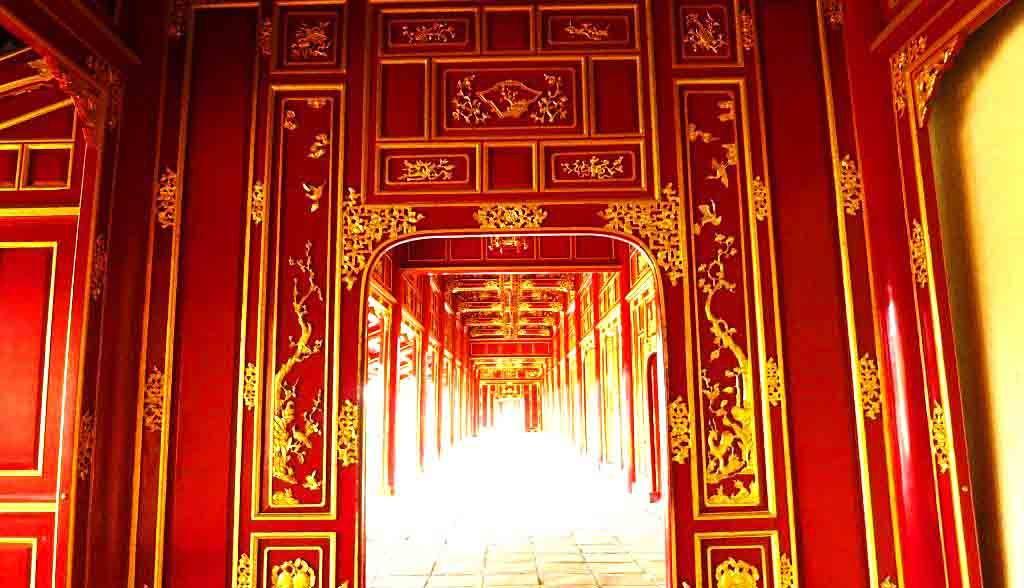 Vietnam Reisen - Schön restaurierte Paläste in der Königsstadt von Hue (Originalbild Mirango Travel)