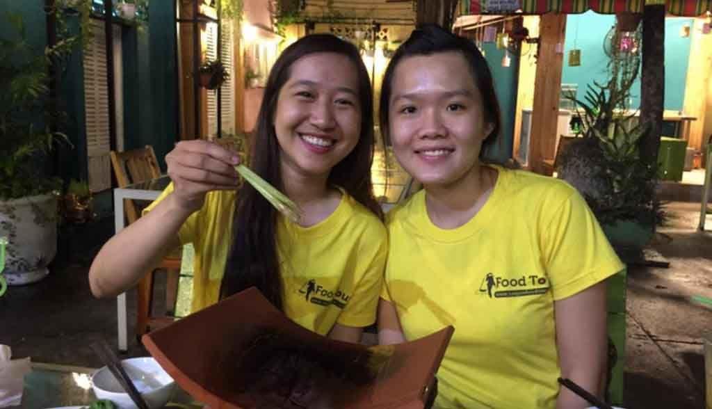 Vietnam Reisen - Zwei Guides von Saigon Food Tours